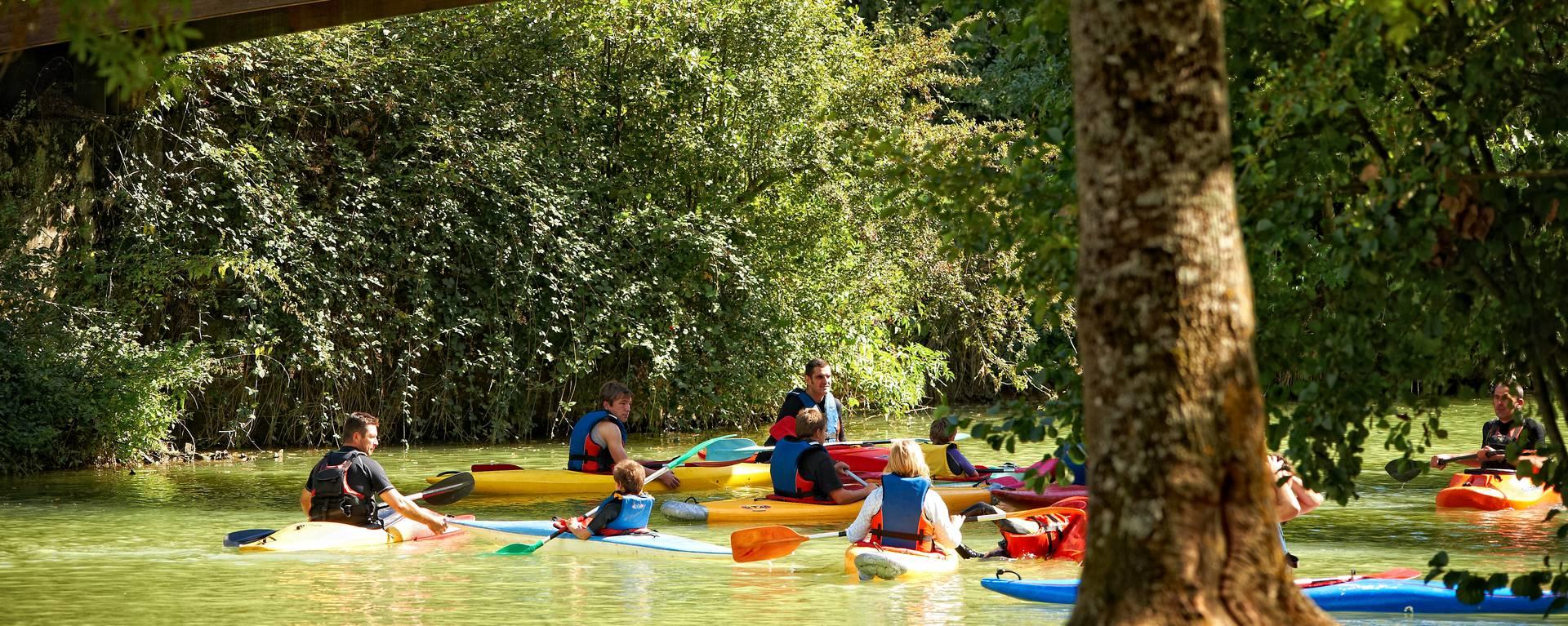Découverte sportive de la nature sauvage depuis la rivière – La Baïse