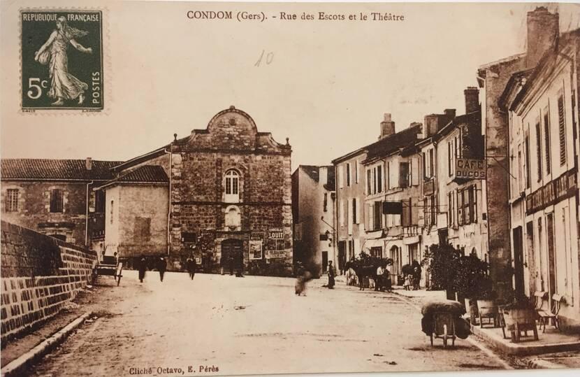 Le théâtre des Carmes - photo ancienne Fenestra