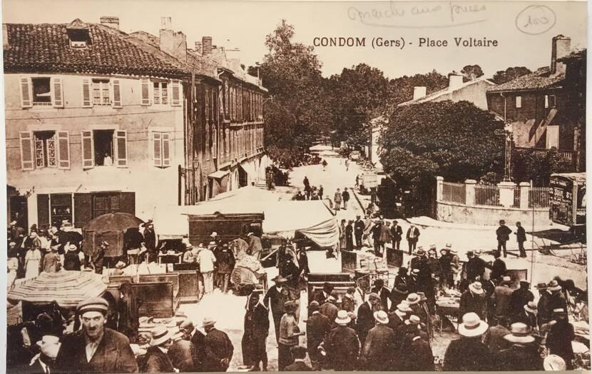 Marché aux puces  - Photo ancienne Fenestra