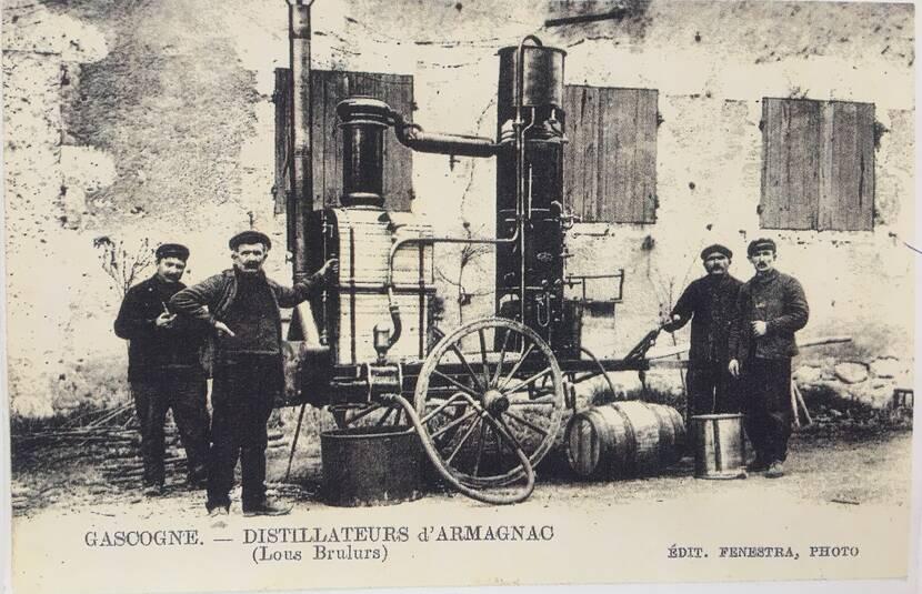 Bouilleur de cru ambulant - Photo ancienne Fenestra