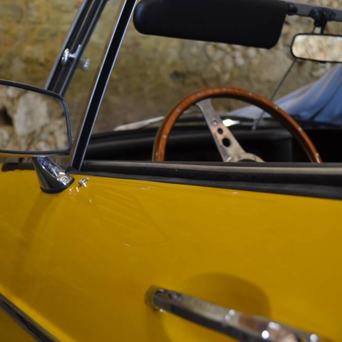 Séjour dans le Gers chambre d'hôtes de charme et voiture ancienne